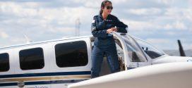 Une jeune pilote afghane entame un tour du monde en avion